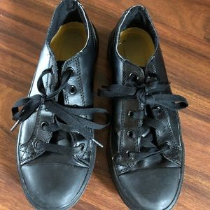 Shoes - Tred safe restaurant shoes